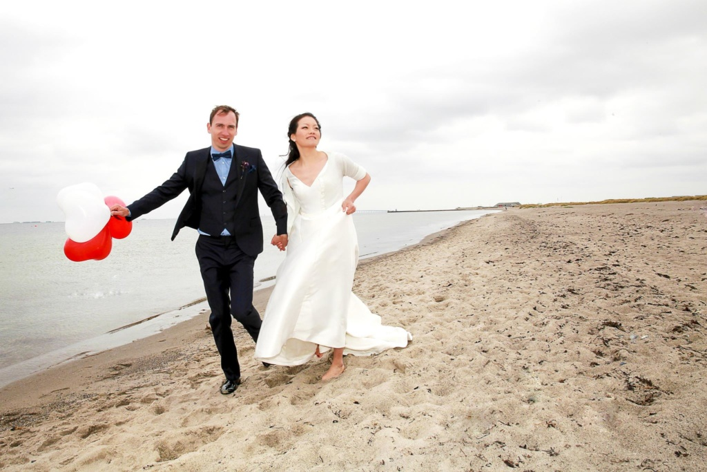 Beach-wedding-Tivoli-Copehagen-denmark-Photographer-28
